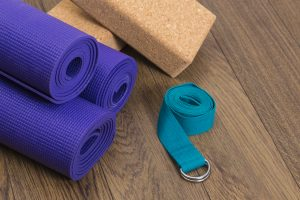 yoga-kit-mat-blocks-strap